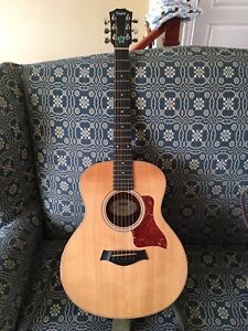 Taylor GS Mini with Gig Bag (electric acoustic)