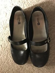size 6 women shoes black