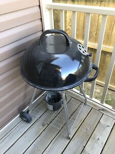 Masterbuilt Pro 18.5 in. Charcoal Kettle Grill in Black