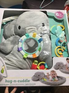 Brights Stars Hug & Cuddle Activity Gym