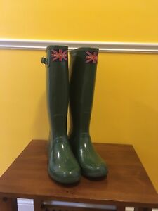 EUC Ladies England SP Tall Green Wellington Boots. Size 9