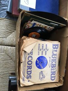 Lots of 78's and antique gramophone records