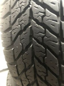4 pneus 195 65 15 ( Goodyear ultra grip)