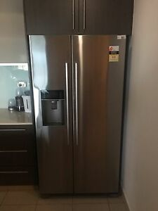 Fisher & Paykel 610L Side By Side with Ice & Water Darwin CBD Darwin City Preview
