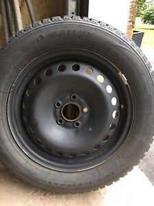Ford Focus Snow Tires and Rims