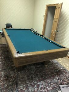 Great condition pool table with all accessories