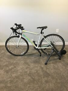 2017 giant avail 3 small with cycleops bike trainer