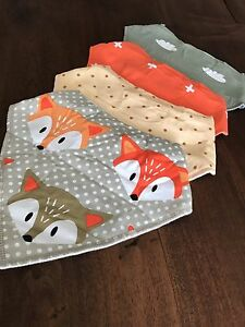Set of 4 cotton baby bibs/scarves