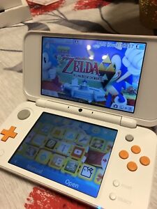 Nintendo 2ds XL with 2 games