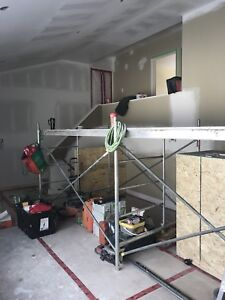 Female painters Inc. 416-831-0047 call for quote