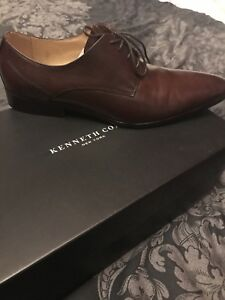 Brand New Kenneth Cole men's brown leather dress shoes size 8
