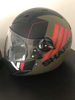 Shark Vision-R 2 Cartney Green Matt Black Helmet