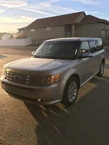 2009 Ford Flex AWD **Priced to sell**
