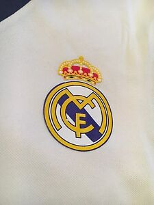 Non Authentic Real Madrid Jersey  Cambridge Kitchener Area image 3