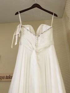 Wedding Dress- NEW!