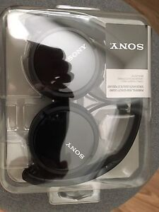 Brand New!!!! Sony headphone MDR-ZX110