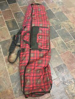 Burton Snowboard Bag -fits 2