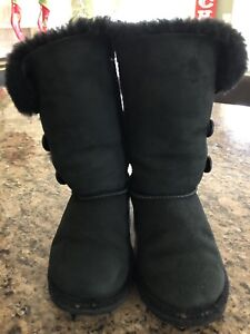 Kids Bailey Button Ugg boots