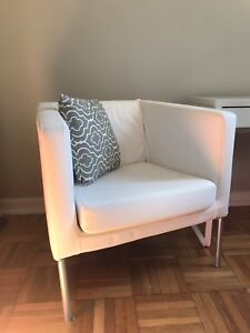 Armchair (White) 8/10 condition