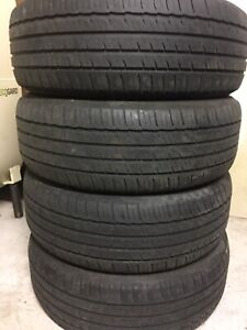4-235/60R18 Michelin all season