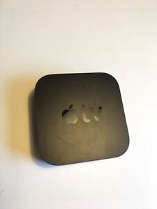 Apple TV 4 32gb with remote