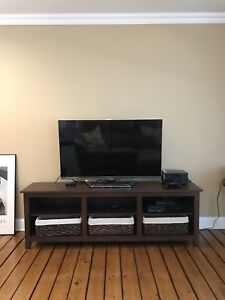 """Sunbury 70"""" TV  Stand"""