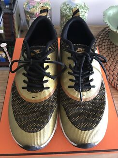 917b4cada908 Nike air max Thea gold black women sneaker shoes size 37.5