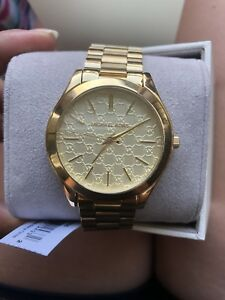 Brand new micheal kors watch with tags.