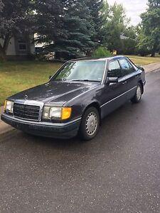 1991 Mercedes E300