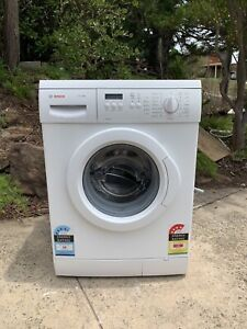 Bosch 7KG front load washing machine new likes