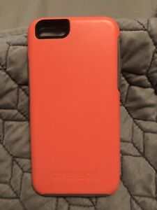 Apple iPhone Otterbox case! Mint Condition