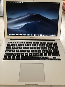 2014 MacBook Air i5 / 8Gig RAM / 128 Gig SSD