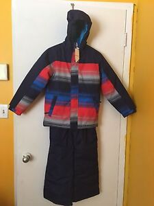 Brand new snow suit size 8 boy