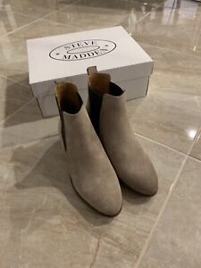 steve madden chelsea boots size 6