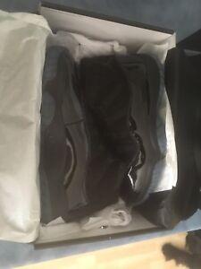 Air Jordan 11 cap and gown size 8