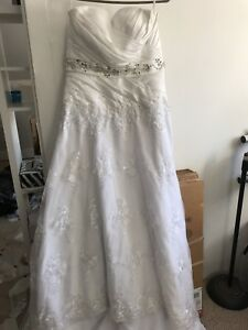 White Lace Wedding Dress with Corset Back - size 12