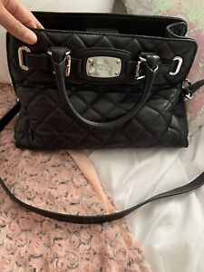f2185e5c9a40 Michael Kors | Buy or Sell Women's Bags & Wallets in Barrie | Kijiji ...
