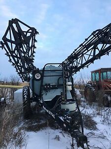 Flexi-coil 67xl suspended boom sprayer for sale