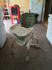 Graco High Chair/ Chaise Haute Graco