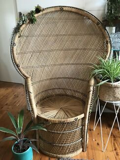 For hire : Gorgeous Vintage Peacock Chair - $50 over night