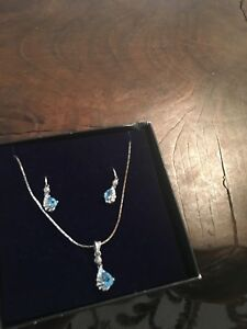Aquamarine Gemstone Jewelry Set