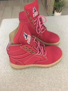 Blue steel pink ladies work boots Tanah Merah Logan Area Preview