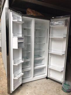 LG side by side fridge 679L