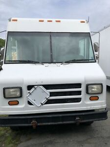 1999 Ford E350 Delivery Van