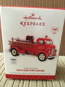 1941 Ford Fire Engine Ornament