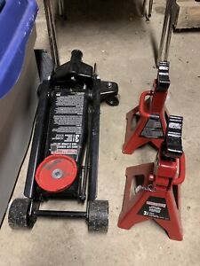 Motormaster 3 Ton Auto Jack with Stands