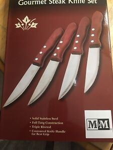 4 Steak knives