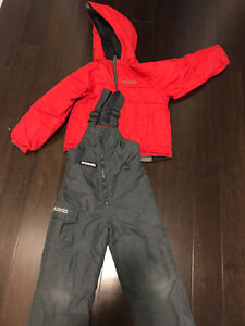 Columbia boys snowsuit winter jacket and snow pants size 4 / 5