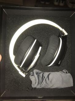 Sennheiser bluetooth headphones