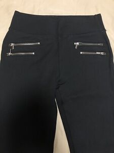 BRAND NEW ABERCROMBIE AND FINCH LEGGINGS